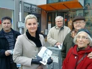 I frontlinjen jag (obs! min inställsamhet gentemot den stora ledaren) och en halv Stina, bakom från vänster Rebuar, Verner och Bengt. Markus höll i kameran.